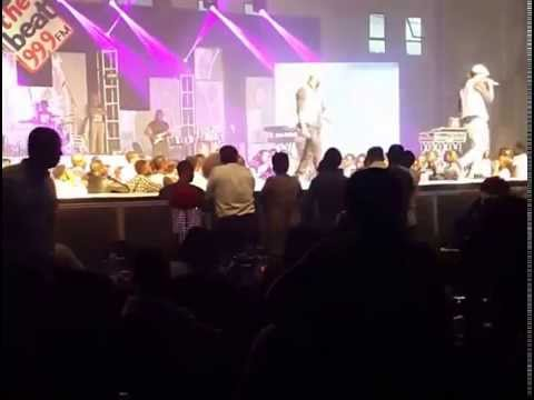 Peter of P Square falls off stage during performance at BeatFM Concert (Lagos)