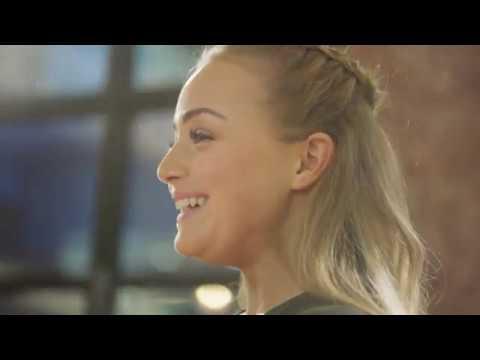 Samsung Gear | I Am Enough: Alice Liveing