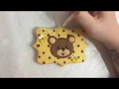 How to Apply Icing Transfers to Dry Cookies