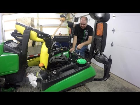 Deere 1025r/1023e 50/200 hr Hydraulic Oil Change without left wheel removal