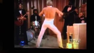The greatest scene in Love Boat history