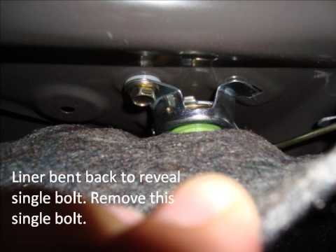 2005 Camry license plate bulb & trunk liner removal.