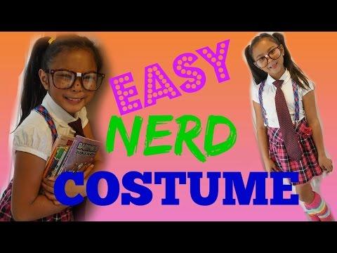 DIY Easy Nerd Halloween Costume