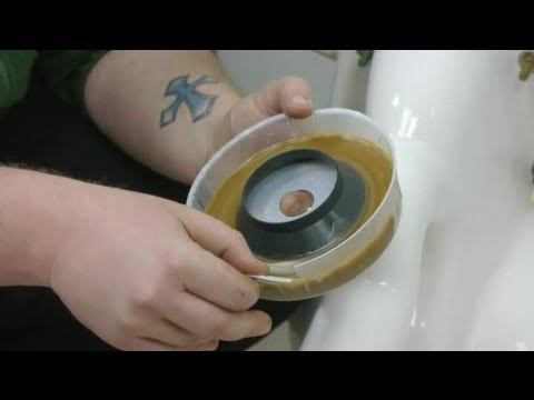 How to Replace Toilet Wax O-Rings : How to Fix Toilets