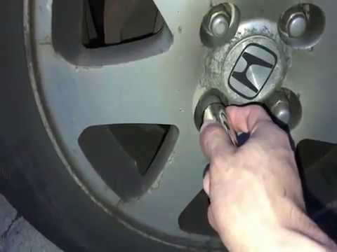 How to Easily remove a Wheel lock Nut WITHOUT the Key