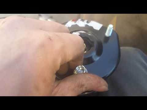 How to replace mazda 6 front struts
