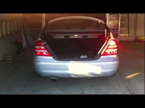 How to Replace a Car Tail Light in One Minute