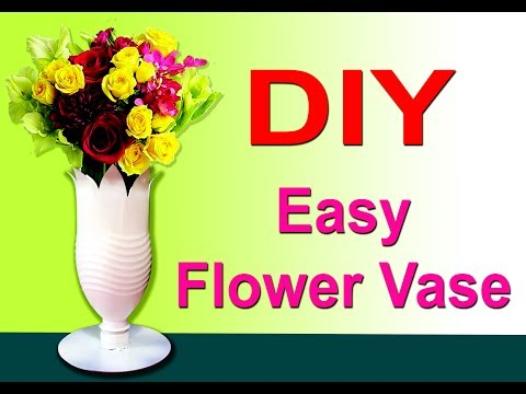 DIY Easy Plastic Bottle Flower Vases To Decorate Your Home