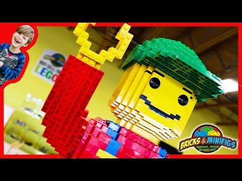 GiANT Lego Man at Bricks & Minifigs Store!