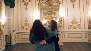 Müzede Dans, Çantamda Neden Köpekbaliği Dişi Var? | Melisa Beleli