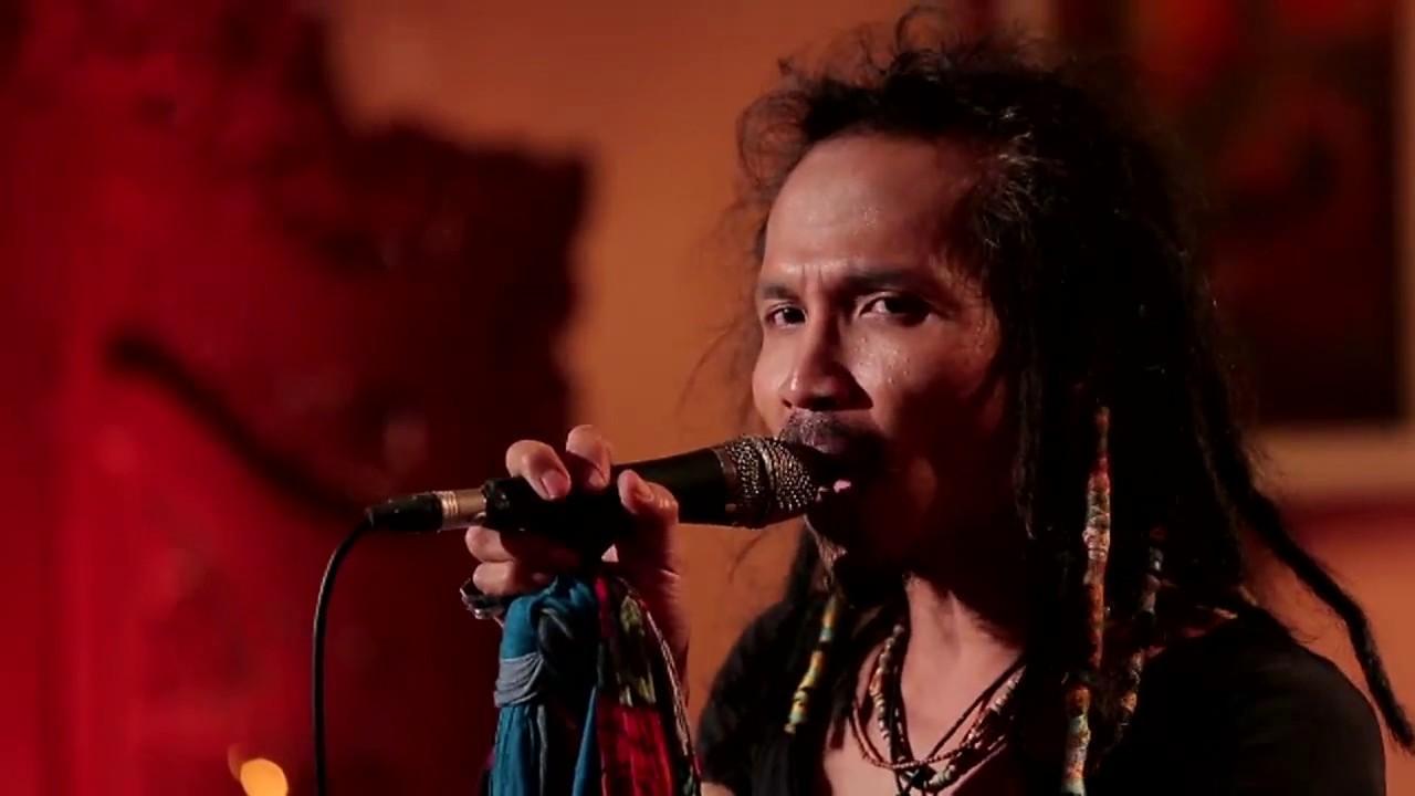 Download Ipang Lazuardi - Ada Yang Hilang - ft. Didit Saad (Live at Music Everywhere) ** MP3 Gratis