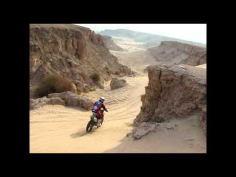 riding in kuwait desert