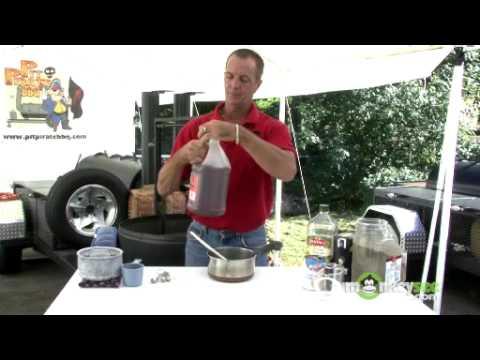 Carolina BBQ - How to Make a Mop Sauce