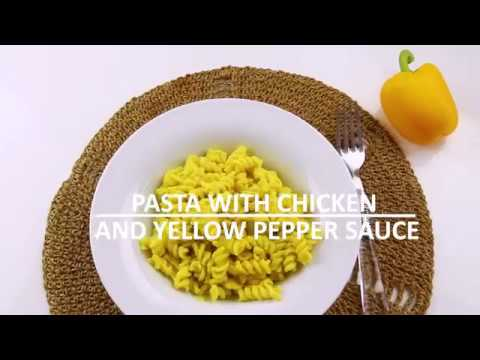 Pasta with chicken and yellow pepper sauce