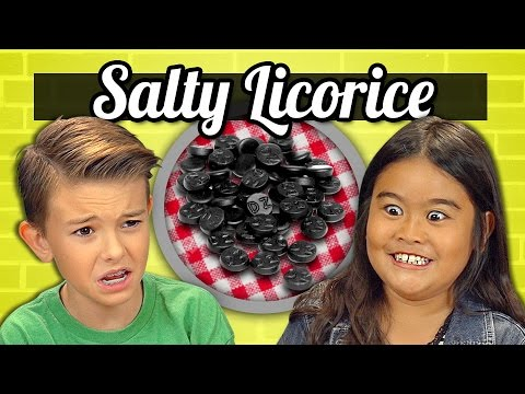 KIDS vs. FOOD #17 - SALMIAKKI (SUPER SALTY LICORICE)
