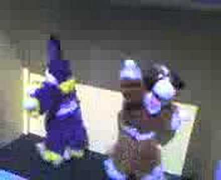 Dancing Mechanical Puppets