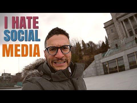 I HATE SOCIAL MEDIA!!!        sometimes.