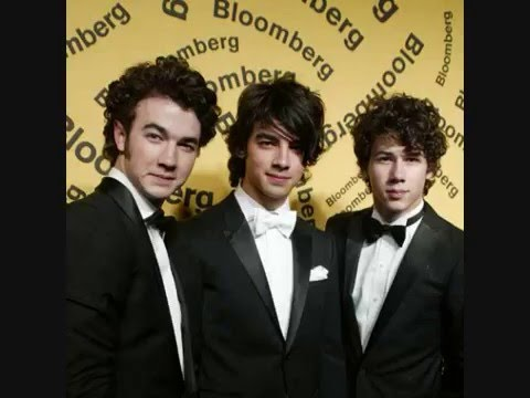 Life's Choices: Jonas Brothers Love Story Chapter 17