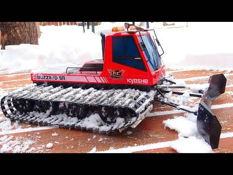 RC ADVENTURES - Snow Cat Snow Plowing - Upgraded Kyosho Blizzard SR Snow Machine