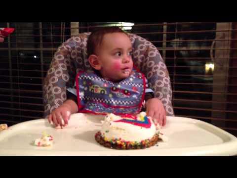 Dino smash cake