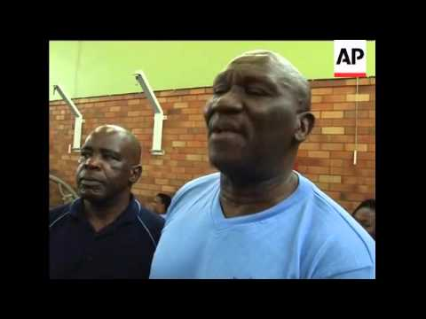 Fitness programme to get SAfrican police into shape