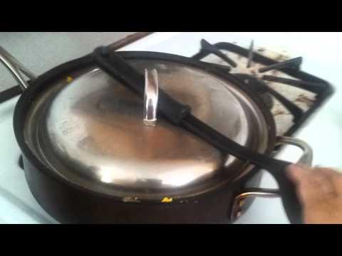 Lid stuck on pot