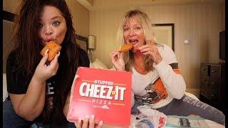 Trying Pizza Hut's New STUFFED CHEEZ-IT'S!