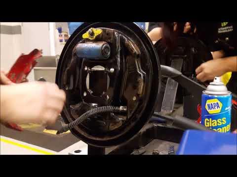 Drum brake system   Amie J  McMillan