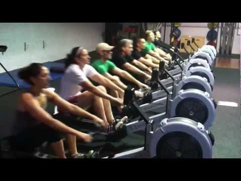 CrossFit Rowing In Sync