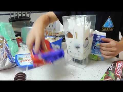 Giant Australian Biscuit Milkshake!!   Sam Bell