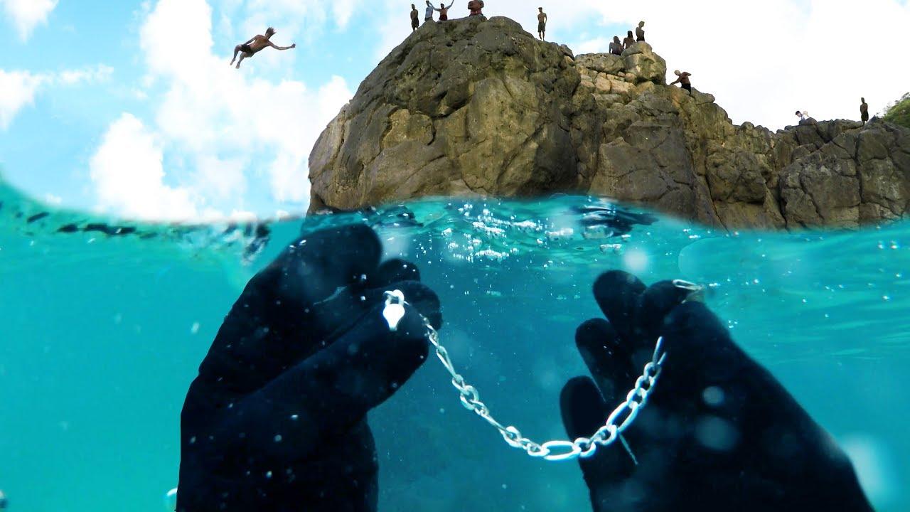 What's Buried Beneath Hawaii's Busiest Cliff? (Underwater Metal Detecting)