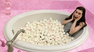 MARSHMALLOW BATH EXPERIMENT!!!