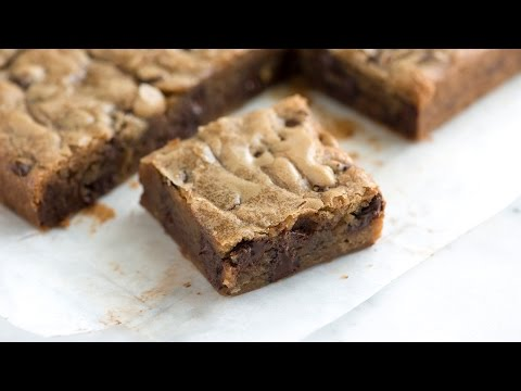 No-Fail Blondies Recipe - How to Make Blondies from Scratch