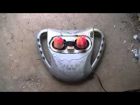 Moving eyes for a prop to build