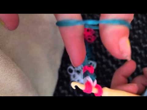 Triple fishtail rubber band bracelet