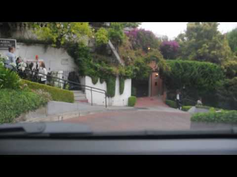 Driving down Lombard Street in San Francisco (In HD)