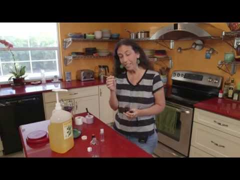 Make Soothing Orange and Vanilla Massage Oil