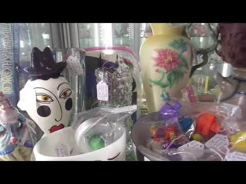 Putting Stuff in my Showcase What Sold #28 Antiques Collectibles Mall Rochelle Park 5/10/18