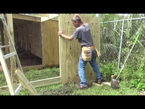 THE CHICKEN COOP. Expanding Again. How to make the cage door.