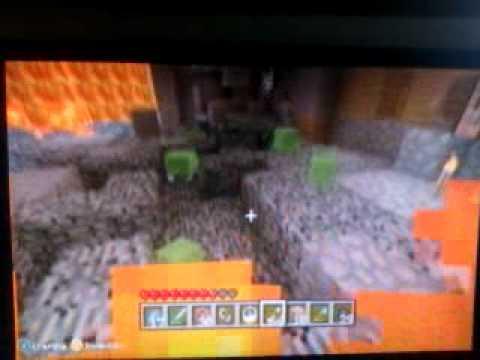 Minecraft slimes on peaceful ?