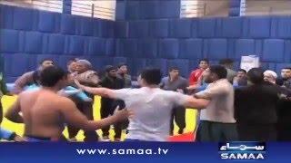Wrestlers Fight in lahore - News Package - 05 Jan 2016