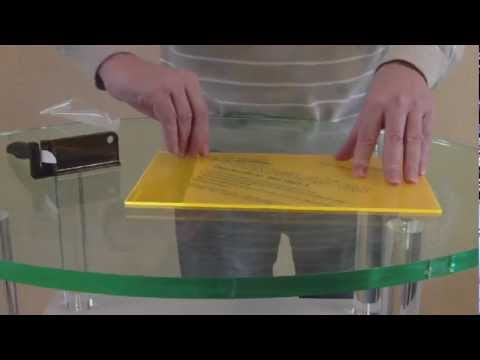 How to cut acrylic protection foil *** Folienschneider für Acrylglas