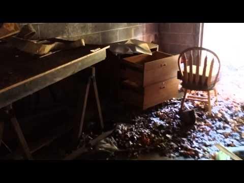 Abandoned house + garage in North Bergan N.J.