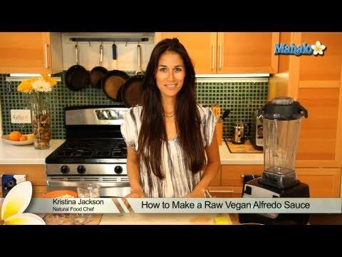 How to Make a Raw Vegan Alfredo Sauce