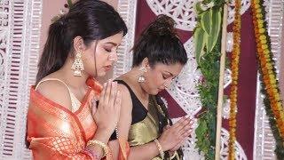 Tanushree Dutta With Beautiful Sister Ishita Dutta At Diwali Puja