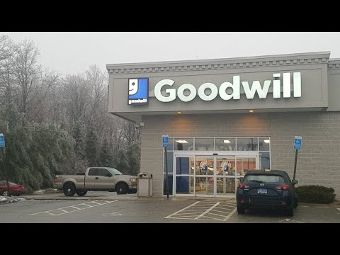 Goodwill Thrifting Live Walkthrough | Sell On Ebay