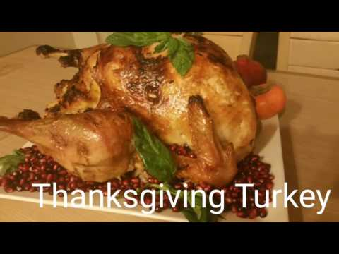 Easy Thanksgiving Turkey Recipe with Tasty Stuffing