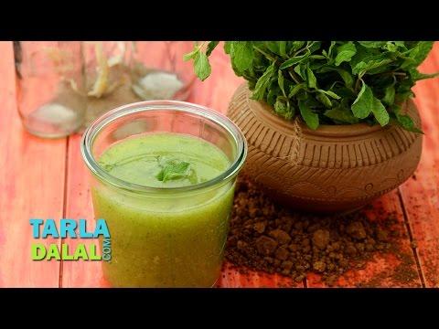 पुदिना आम का पेय / आम का पना (Minty Mango Delight / Aam ka Panna) by Tarla Dalal