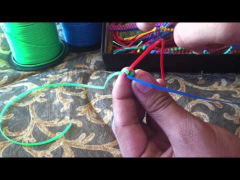 How to make a Triangle Stitch Lanyard