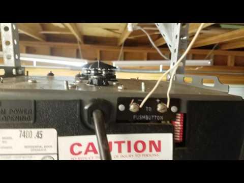 How to Tighten the Chain on a Stanley 7400 Garage Door Opener